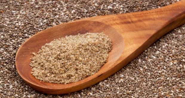 Farinha e grãos de chia