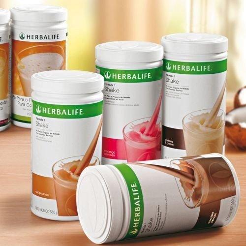 Quatro embalagens do produtos Shake Herbalife