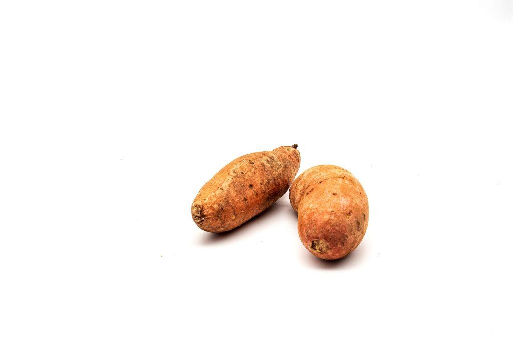 variação amarelada da batata doce.